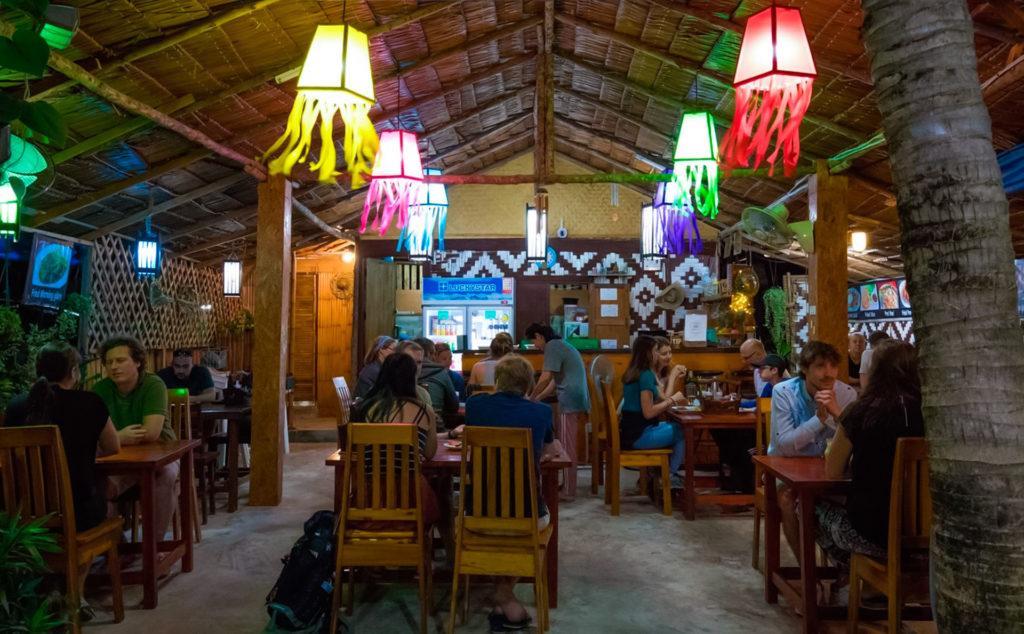 Malina´s Kitchen. Diving Koh lanta. Buceo Koh Lanta. Hidden Depths Diving